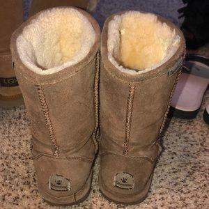 tan bear paw boots